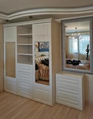 шкаф и комод в спальню
