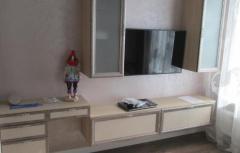 Модульная гостиная с навесными элементами