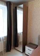 Шкаф для спальни декорированный