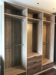 Встроенная мебель. Шкаф для хранения в гардеробную комнату