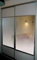 Двери комбинированы на три фрагмента