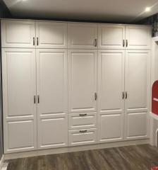 шкаф с ящиками в классическом стиле