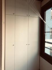 Шкаф на лоджию