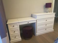 Письменный стол и комод