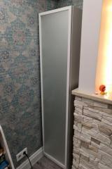 Строгий корпусный шкаф с гладким фасадом
