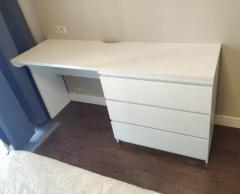 белый письменный стол на заказ