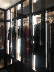 шкаф с витринами на заказ