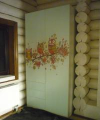 Совы: дизайнерский распашной шкаф
