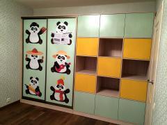 Шкаф-купе с наполнением в детскую комнату