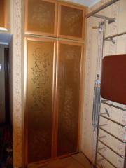 Шкаф встроенный в нишу: Фасады с прорезным рисунком