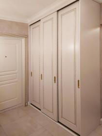 Шкаф-купе для верхней одежды в прихожую