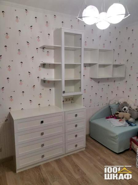 Комплект мебели в детскую комнату по индивидуальному проекту