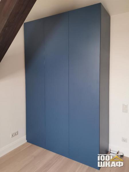 синий шкаф на заказ
