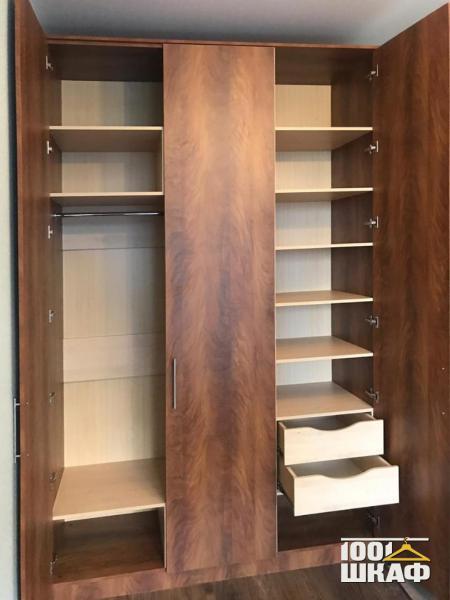 шкаф распашной с наполнением
