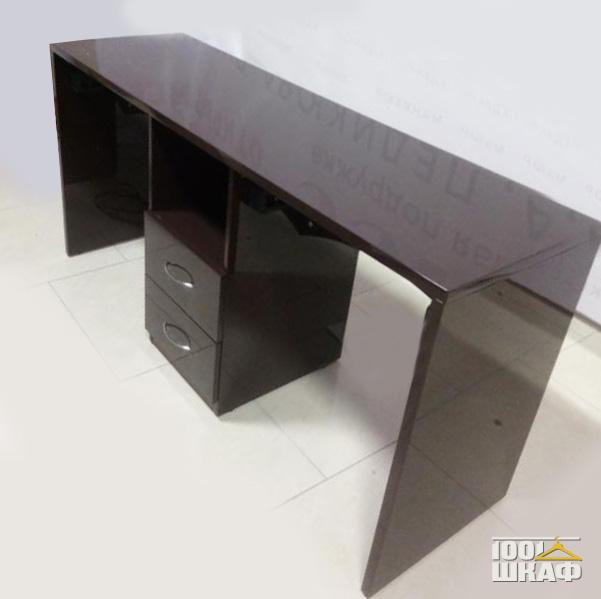 Комплект мебели для офиса в цвете Венге