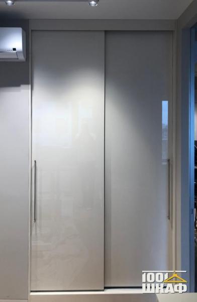встроенный шкаф-купе с индивидуальным наполнением