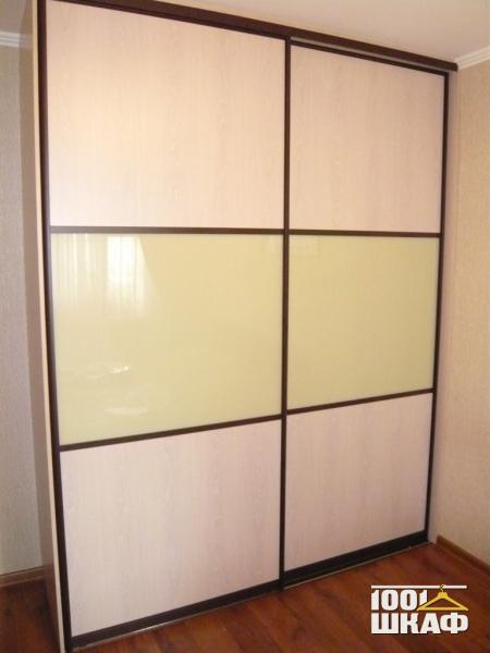 Фасад встроенного шкафа