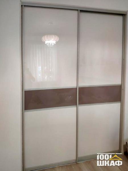 Встроенный шкаф купе декорированный пленкой оракл