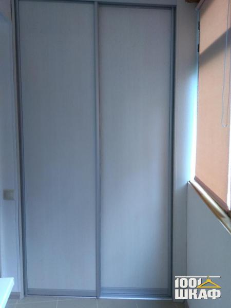 Встроенный шкаф на лоджию