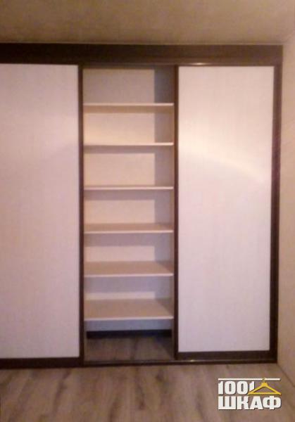 3-х дверный встроенный шкаф-купе