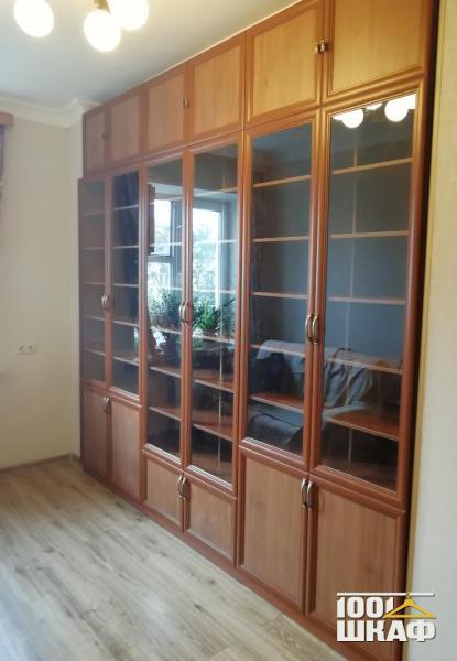 Стенка для домашних библиотек и кабинетов