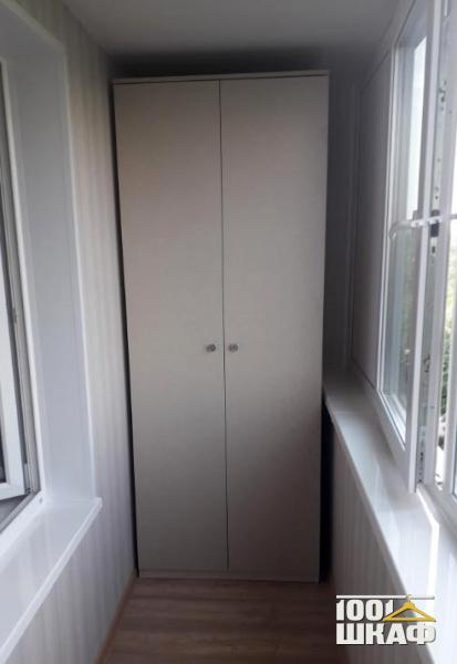 Мебель на лоджию: шкаф и тумба