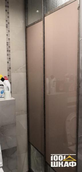 Встроенный шкаф-купе в ванную комнату