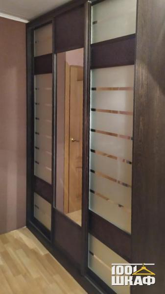 Шкаф-купе с наполнением, зеркальный