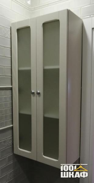 Навесной шкаф с витринами