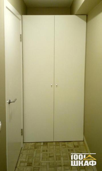 Шкаф технического назначения в прихожую