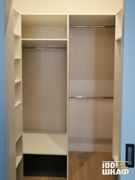 Комплект мебели в гардеробную на заказ
