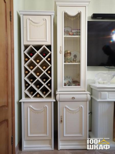 шкафы в гостиную в классическом стиле