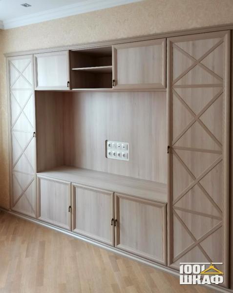 Встроенная мебель в гостиную по индивидуальному проекту