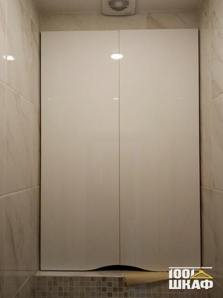 шкаф над туалетом