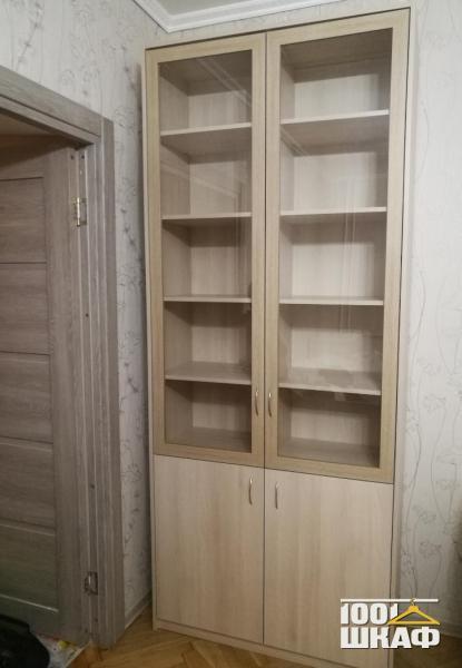 Шкаф многофункциональный,  корпусный, с распашными фасадами.