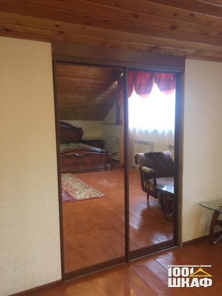 Встроенная мебель для загородного дома