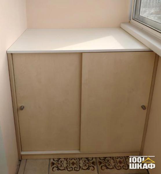 Шкаф для хранения на лоджию