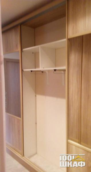 Вместительный шкаф-купе с наполнением