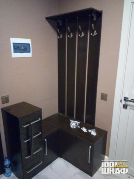 Комплект мебели в прихожую в цвете Венге