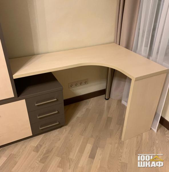 угловой стол на заказ