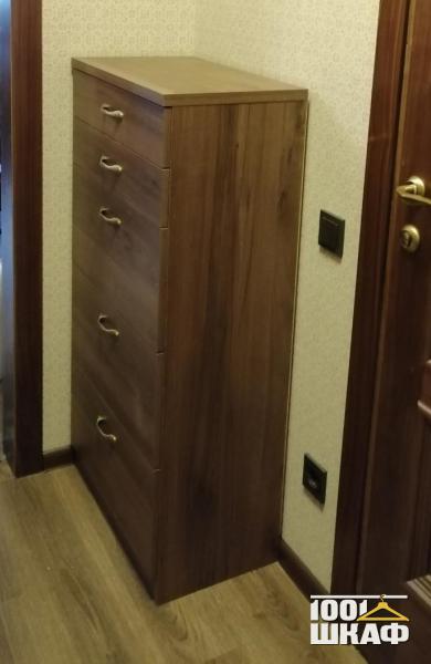 тумба с выдвижными ящиками