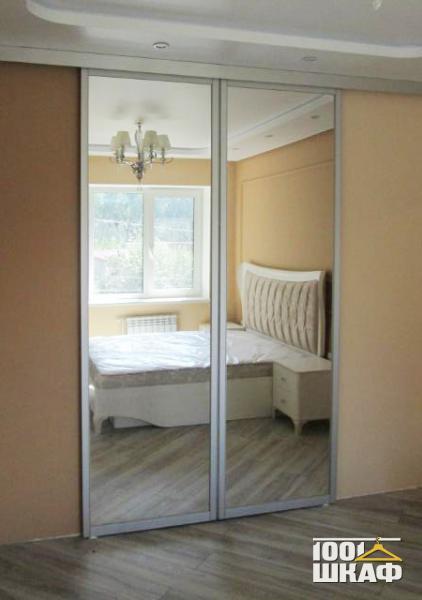 Зеркальный шкаф-купе в спальню