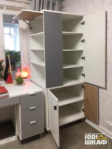 письменный стол и шкаф в детскую