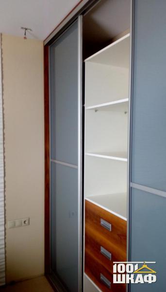 Шкаф-купе с наполнением для спальни